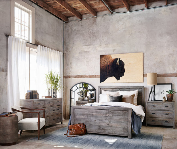 Rustic Bedroom by Cricklewood Interiors