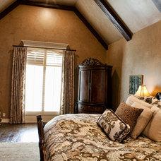 Mediterranean Bedroom by Home Innovations