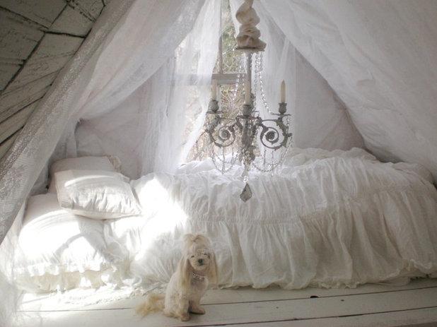 American Traditional Bedroom Loft
