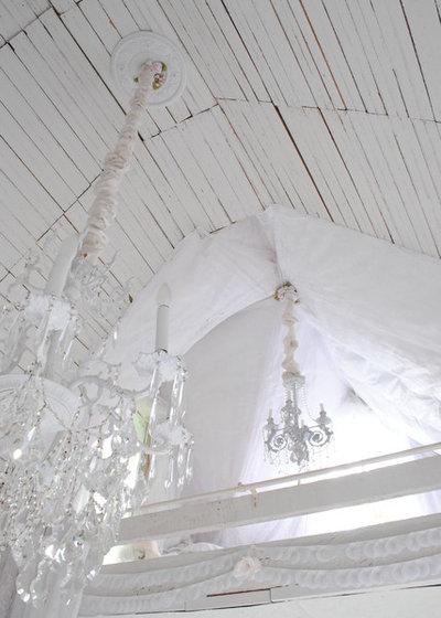 Traditional Bedroom Loft