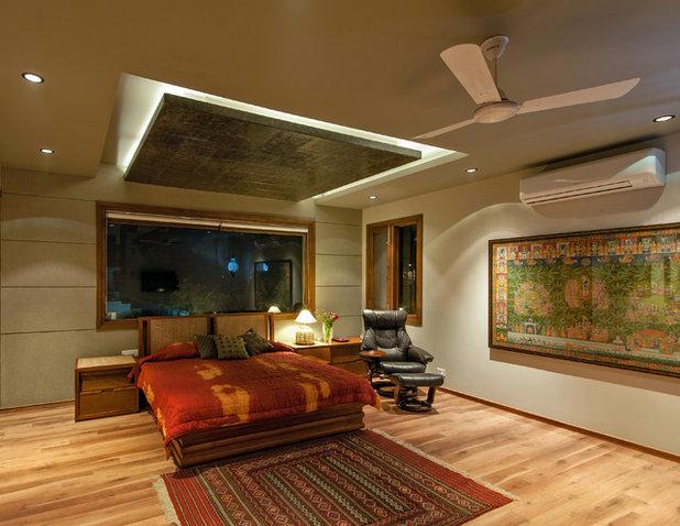 Contemporary Bedroom by Chromed Design Studio