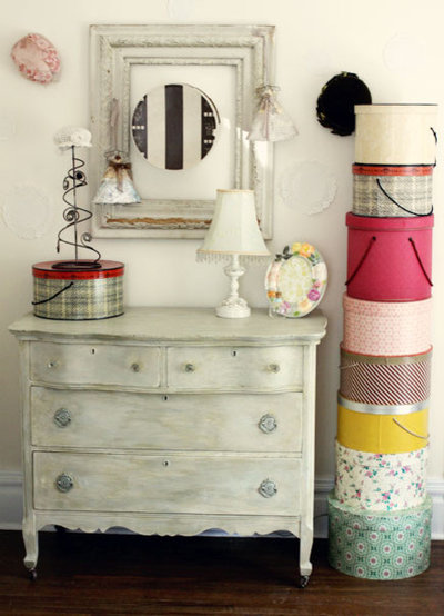 Decorating With Hats And Hatboxes