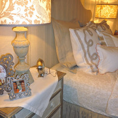 traditional bedroom by LORRAINE G VALE, Allied ASID