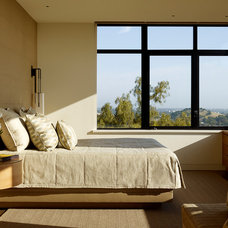 Modern Bedroom by Aleck Wilson Architects