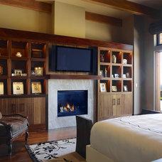 Craftsman Bedroom by Conrado - Home Builders