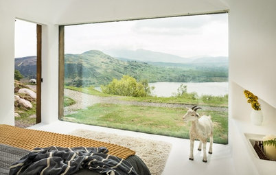 Houzz Tour: Stunning Views and Starry Nights in an Irish Cottage