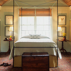 Traditional Bedroom by Historical Concepts
