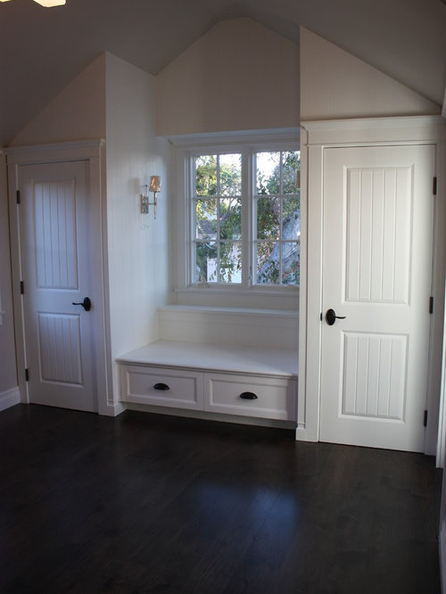 Example Of A Classic Bedroom Design In Los Angeles