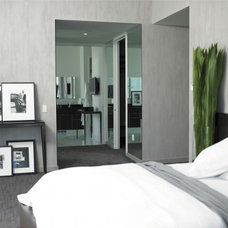 Modern Bedroom by Parlor Arts/ NYC Wall Finishes