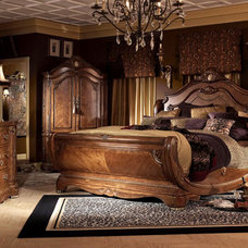 Traditional Bedroom by Moshir Furniture