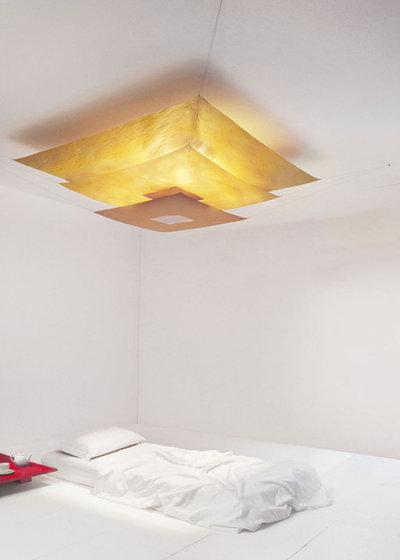 寝室 by Interior Deluxe