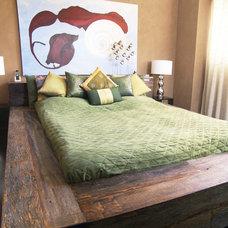 Rustic Bedroom by m.a.p. interiors inc. / Sylvia Beez