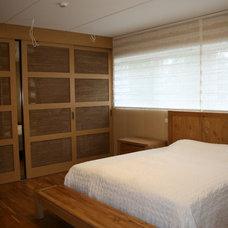 Contemporary Bedroom by Stuudio Solo OÜ