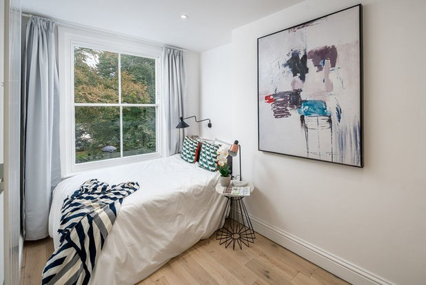 Contemporary Bedroom by Ademchic