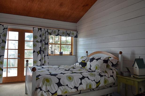 ビーチスタイル ベッドルーム by Dwight M. Herdrich - Architecture + Design