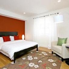 Modern Bedroom by MM DESIGN ASSOCIATES