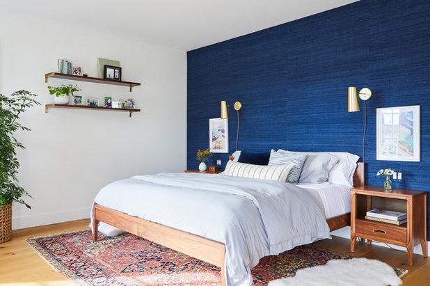 ビーチスタイル 寝室 by LA Design Build
