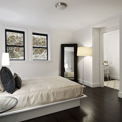 modern bedroom by Cathy Hobbs Design Recipes