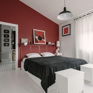 Modelo de dormitorio tipo loft, industrial, pequeño, con paredes rojas y suelo blanco