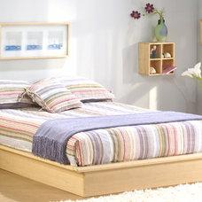 Modern Bedroom Maple Platform Bed w Rounded Edges