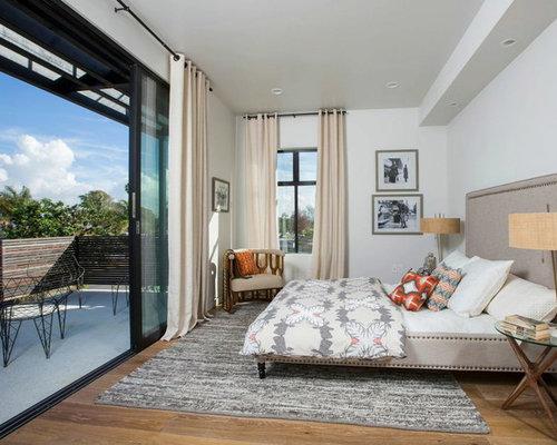 Long narrow room bedroom design ideas remodels photos for Long narrow balcony decorating