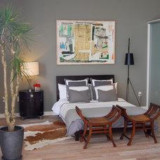Modern Bedroom by Susan Manrao Design