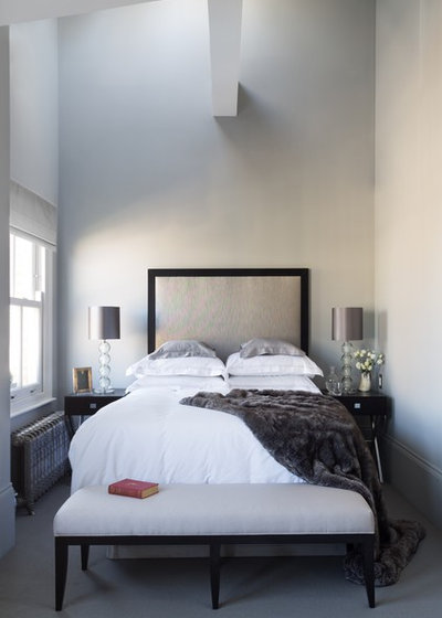 How to decorate a small bedroom houzz for How to decorate a bedroom