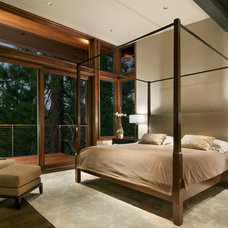 Modern Bedroom by Ward-Young Architecture & Planning - Truckee, CA
