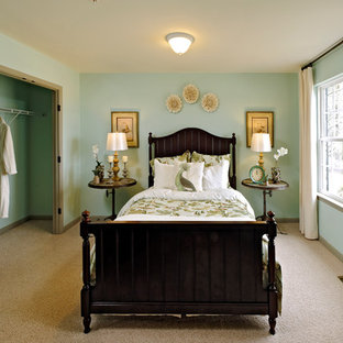 Bedroom - traditional guest carpeted bedroom idea in Atlanta with blue walls