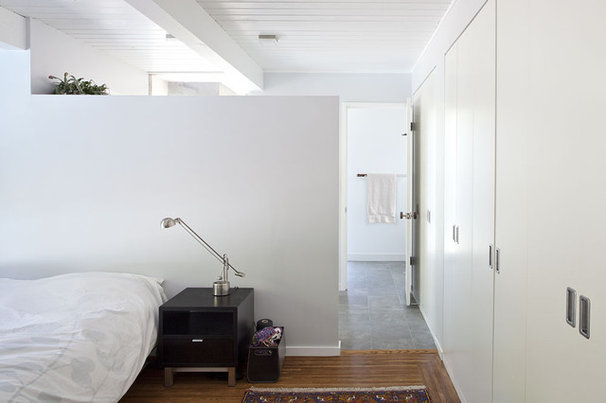 Midcentury Bedroom by Klopf Architecture