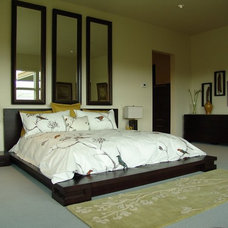 Modern Bedroom by Heather Pascua Interiors