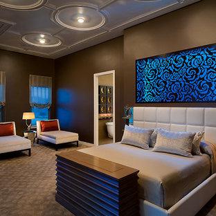 Master Bedroom, art niche