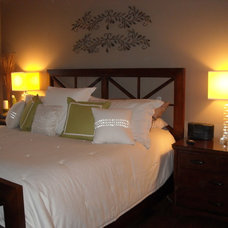 Contemporary Bedroom by B. Thrower, Interior Redesign and Home Staging