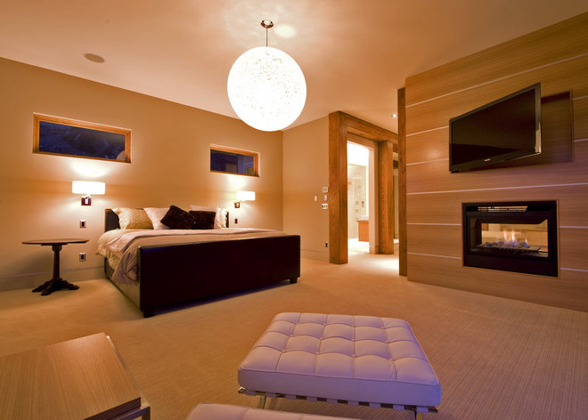 Modern Bedroom by Begrand Fast Design Inc.
