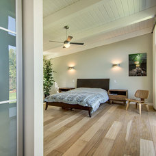 Midcentury Bedroom by Bill Fry Construction - Wm. H. Fry Const. Co.