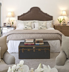 traditional bedroom by Dayna Katlin Interiors