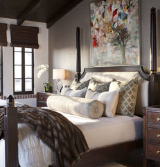 mediterranean bedroom by Dayna Katlin Interiors