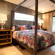Contemporary Bedroom by Errez Design Inc.