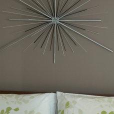 Modern Bedroom by Flawless Space