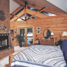 Rustic Bedroom by Frederick Gibson + Associates Architecture