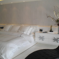 Contemporary Bedroom by BerlinDesignsCorp