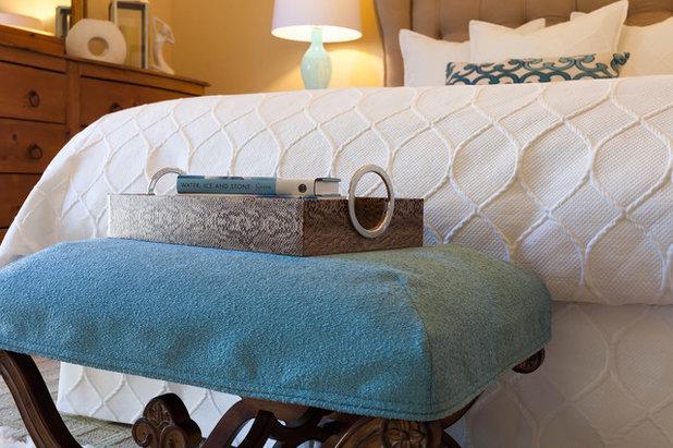 Übergangs-Schlafzimmer von Janice Peters, Distinctive Decor