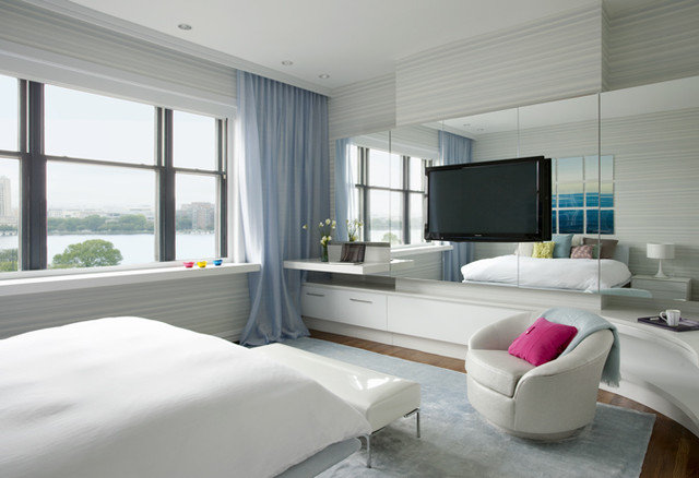 Modern Bedroom by Jonathan Cutler, AIA
