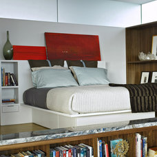 Modern Bedroom by Laidlaw Schultz architects