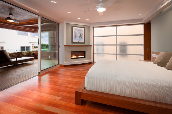 Contemporary Bedroom by Lapis Design Partners