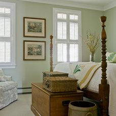Traditional Bedroom by Linda Merrill