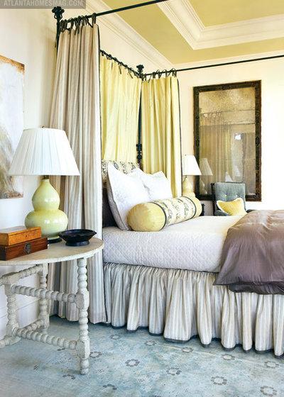 トラディショナル 寝室 by Liz Williams Interiors