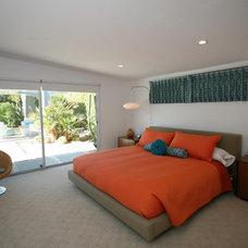 Modern Bedroom by Natalie DiSalvo