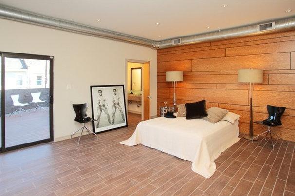 Modern Bedroom by frankovitchjm