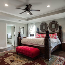 Contemporary Bedroom by RICHLAND